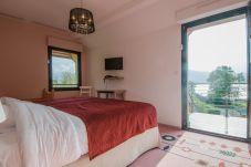 Appartement à Talloires-montmin - Talloires, la PLAGE. Duplex 3 pers.