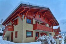 Apartment in Chamonix-Mont-Blanc - Chalet des Etoiles