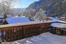 Chalet in Chamonix-Mont-Blanc - Chalet Les Mesanges